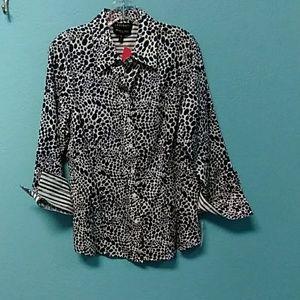 Foxcroft navy print 3/4 sleeve blouse 10 NWT